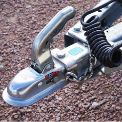 BOVAG wil verplichte keuring voor aanhangwagens